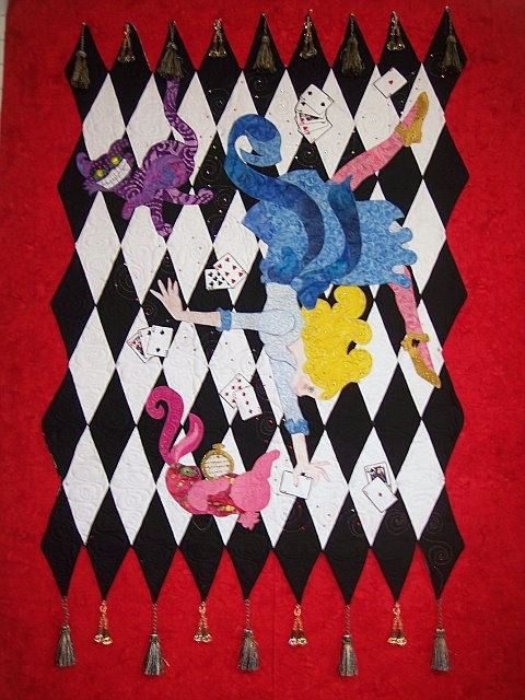 Falling Into Wonderland Quilt Banner Alice In Wonderland Diy Quilting Sewing By Robin S Quilt Nest
